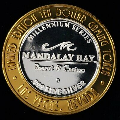 1999 G Mandalay Bay Resort Casino .999 Silver Strike $10 Gaming Token 8MBC9946