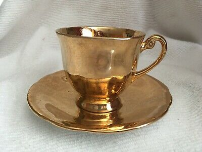 Vintage Clarence Bone China teacup and saucer- 22k gold warranted Rare find