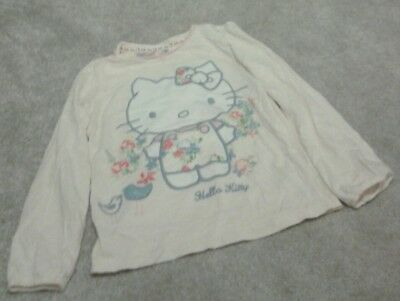 Marks and Spencer Girls  Hello Kitty T-shirt 6-7 Years  V. G. C