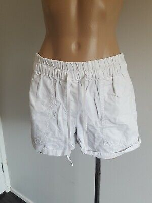 EUC size 8 Country Road white cotton shorts