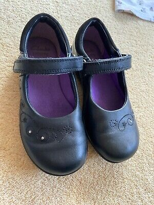 Girls Clarks Black Leather Shoes Size 9.5G