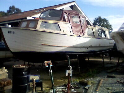 30ft wooden liveaboard all good sound condition diesel SEE LISTING REAL BARGAIN.