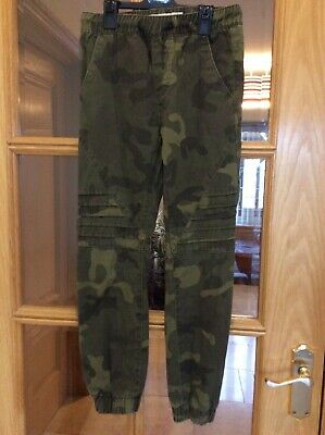Primark, Boys, Khaki Camouflage Trousers/ Joggers, Age 9-10 years Ex. cond.