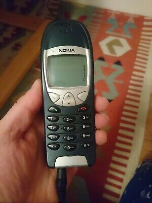 Nokia 6210 With Charger Vintage Model Used Cond, No Box Or Sim Network Unknown