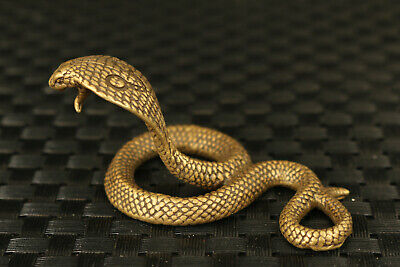 Chinese Old bronze hand casting snake statue collectable Tea pet Table deco