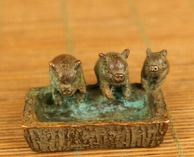 Lovely Chinese bronze hand casting three pig propitious statue table deco