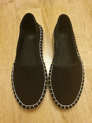 Girls Black suede Espandrilles shoes 915 Range New Look Size 3  NEW