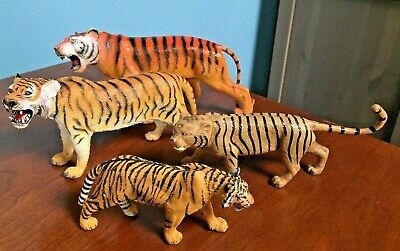 Lot of Four Plastic Toy Tigers~ Tiger Bengal Tigers Action Figures~