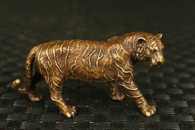 chinaese  old bronze hand carving statue figue netsuke fierce tiger collectable