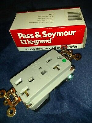 Pass & Seymour 8300 Hospital Grade TVSS Surge Suppressor Receptacle 20A 125V