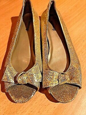 Tammy Gold Sparkle Girls Pumps Size Uk 3 Ideal For Christmas