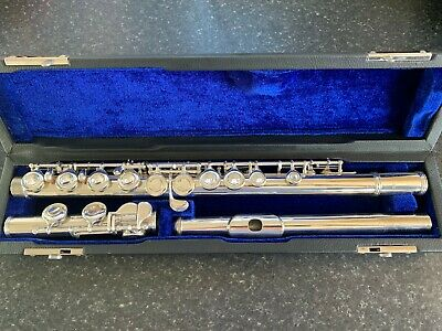 Professionally Serviced & Re-padded Yamaha YFL22S Flute Outfit