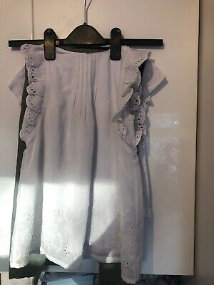 Two Girls Outfits 5-6 Years Only Worn A Couple Of Times In Really Good Condition
