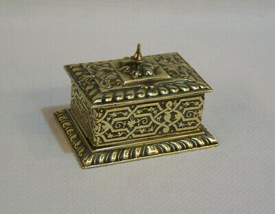 ANTIQUE VICTORIAN ORNATE CAST BRASS VESTA MATCH HOLDER & STRIKER DESKTOP BOX vgc