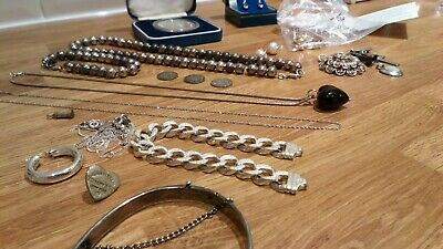 Job Lot of Sterling Silver 164.5g & 9ct Gold 4gMainly usable 99p No Reserve