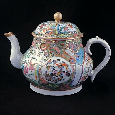 Chinese Export large teapot with thousand butterflies rose medallion 19th C
