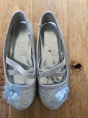 Beautiful Monsoon Girls Size 11 Silver Sparkly Party Shoes. VGC