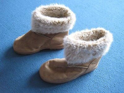 Girls brown boots / slippers - faux fur trim - Matalan size junior 1 EU 33 - VGC