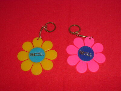 VINTAGE BANK OF AMERICA DAISY KEY CHAINS 1970's Set of Two