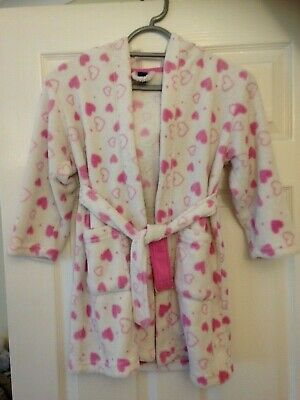 Girls TU Warm hooded dressing gown with white with pink hearts age 5-6