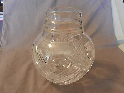 """American Brilliant Period Deep Cut Crystal Vase Thatched Pattern 7.75"""" Tall (M)"""