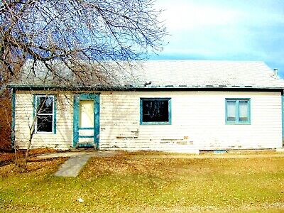 Cosy 2 Bed 1 Bath Home - Fordville, North Dakota - 40 mins NW of Grand Forks
