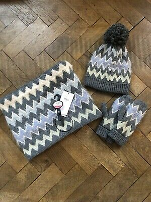 Bnwt M&S Girls Hat Snood & Mittens Set Age 6-10Yrs