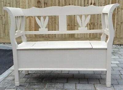 Wooden settle hall bench seat 4' wide painted in greatcondition