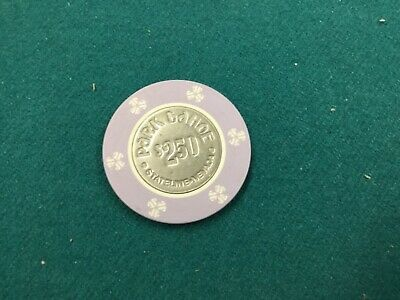 1970s $2.50 coin center chip from the short-lived Park Tahoe Casino, Lake Tahoe