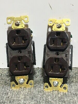 Lot of 2 NEW ARROW HART AH5362B ELECTRICAL RECEPTACLE, 2P-3W, 20A,