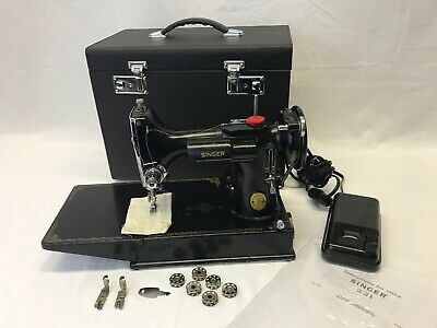 SERVICED Vtg Singer Featherweight 221-1 Quilters Sewing Machine Attachments Case
