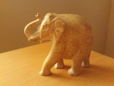 Cut Soapstone Elephant and Baby Decorative Ornament SK-19