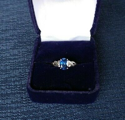 10k Solid White Gold Ring with 8mm x 6mm Blue Sapphire Solitaire Stone Size 7.5