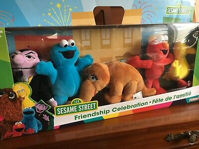 5 Plush-Sesame Street FRIENDSHIP CELEBRATION Big Bird Elmo Cookie Monster SNUFFY