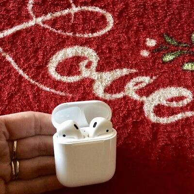 Authentic OEM APPLE AIRPODS 2nd Generation with CHARGING CASE + APPLE WARRANTY