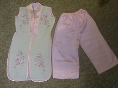 Beautiful Girls Pink 100% Silk Embroidered Japanese Childs Outfit - Size 2
