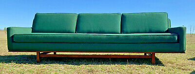 1960s Mid Century Modern Sofa Attributed to Hans Wegner for Getama / Walnut Trim