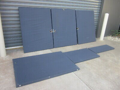 6  x ASSORTED OFFICE PARTITION UNITS. PINNABLE MATERIAL