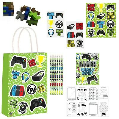 FOOTBALLER PRINTED PAPER PARTY BAGS Birthday Loot Bag Gift Sweets Filler X88 297