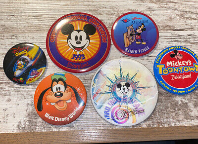Lot Of 6 Walt Disney World Or Disney Buttons Pin  Lot 2