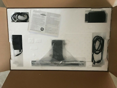 Samsung U28E590D Monitor 3840 x 2160 4K UHD Display - Turned on only once !