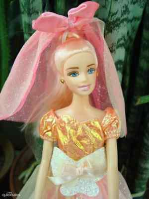 ON SALE Gift@Barbie Doll sized Cloth/Accessory@@@A Good Gown&A Veil&A pair Shoes