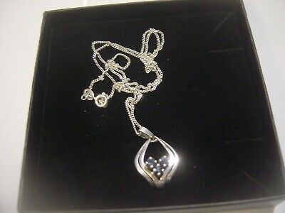 Solid Silver Curb Chain & Unusual Shaped Real Genuine Best Sapphires Pendent 20""
