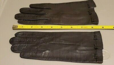Vintage Ladies Black Leather Wrist Length Gloves With Bows - 6 3/4
