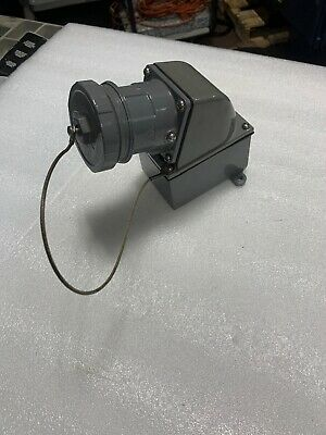 RUSSELLSTOLL 3314 30A 250/480V 3P4W Angle Type Receptacle