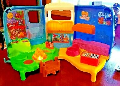 Fisher-Price Little People Songs and Sounds Camper Figures Dog Puppy Woof New