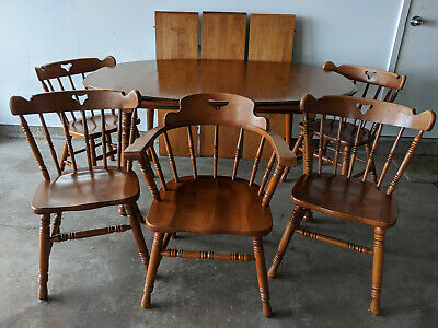 TELL CITY Solid Hard Maple Dining kitchen table w/ three leaves and five chairs