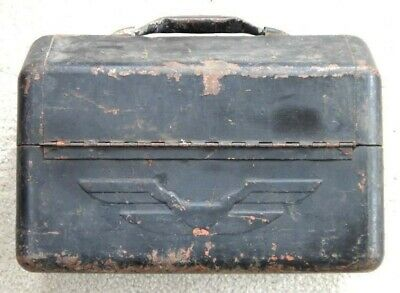 antique METAL ART DECO TIN FISHING BOX+CONTENT old paint eagle lures weight cork