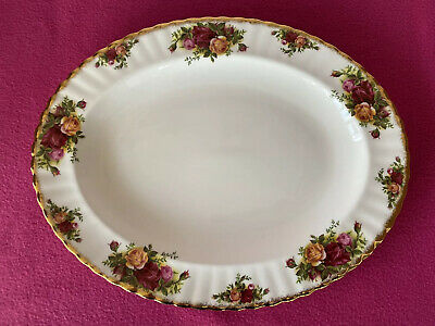 Royal Albert Old Country Roses - Large Oval Platter 35cm x 27cm - Excellent