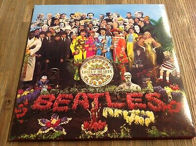"""THE BEATLES """" SGT PEPPERS LONELY HEARTS CLUB BAND """" VINYL 180g 2012 Remastered"""